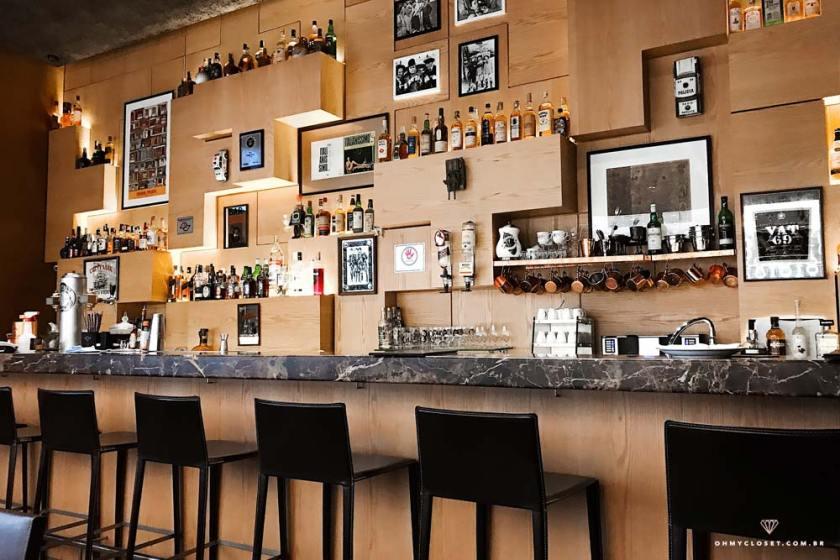 Interior do Isola Bar no JK Iguatemi, em São Paulo.