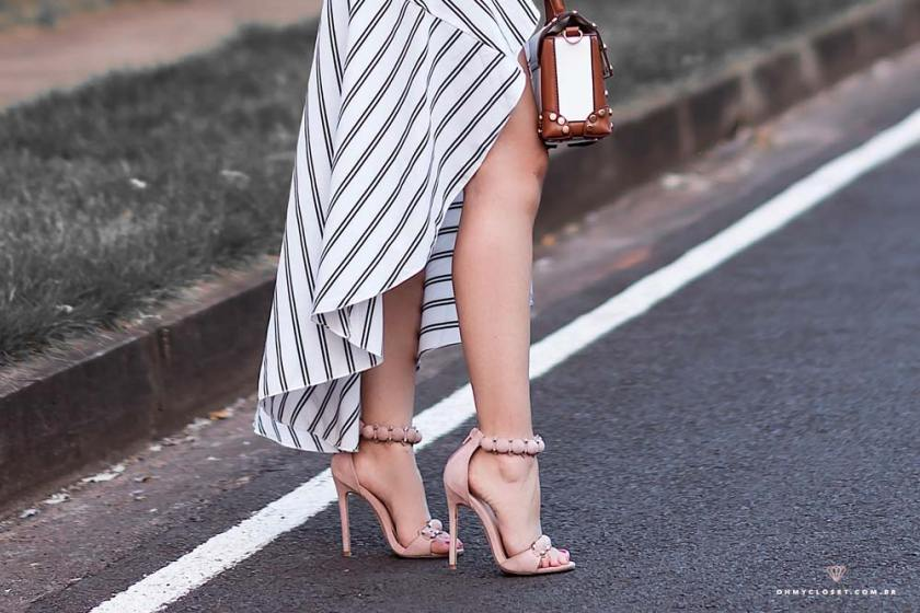 Detalhe da sandália rosé da Forever 21.