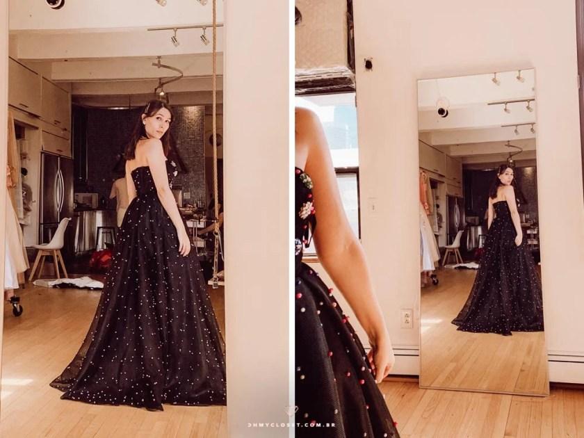 Provando vestidos no ateliê da Teuta Matoshi em Nova York.