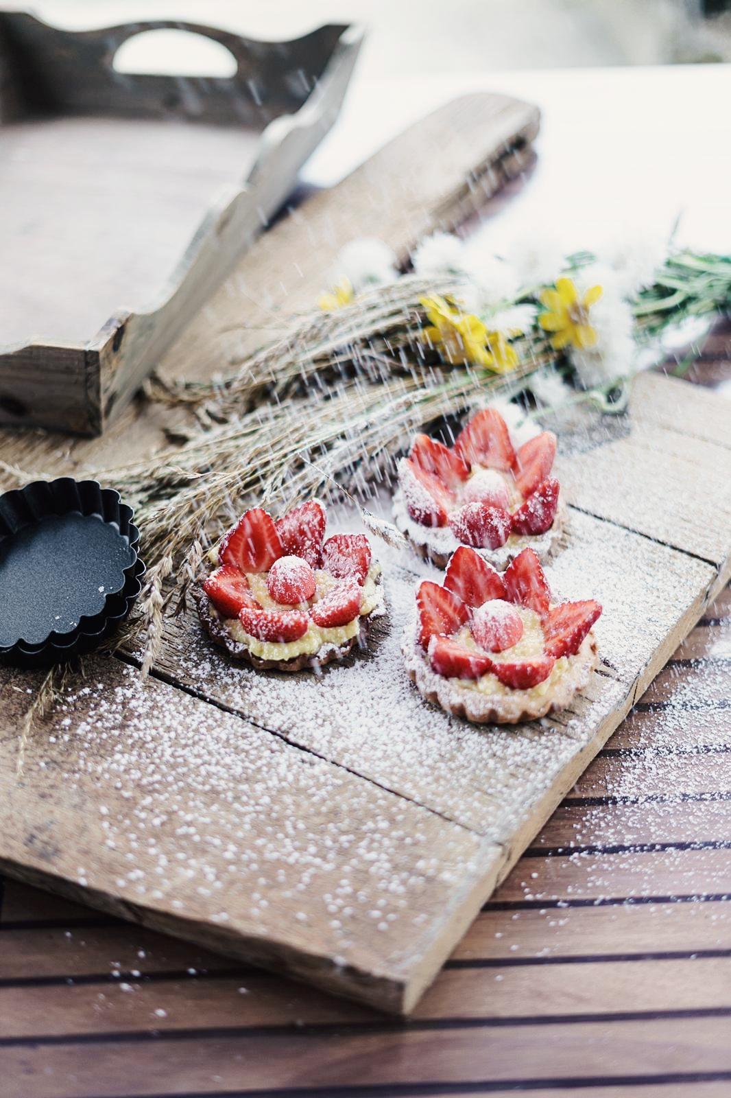 Tartelettes fraise et fraise tagada
