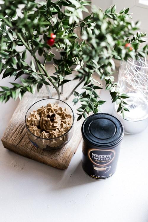 Crème mousseline au café soluble Nescafé