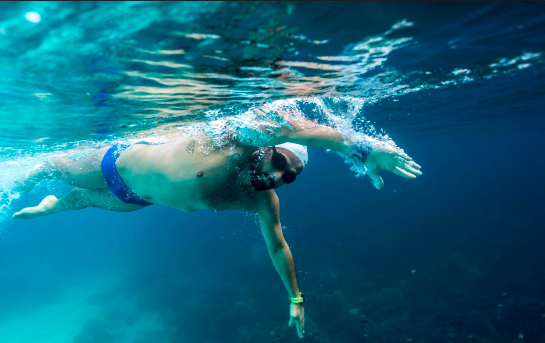 Read more about the article Neil Agius completes record-breaking swim in 52 hours