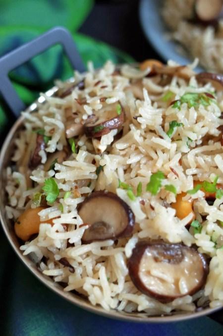 Chestnut Mushroom and Cashew Pulao Rice in a balti dish