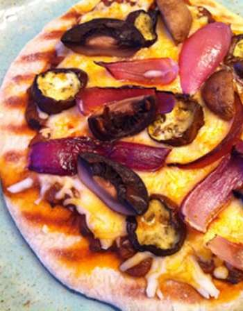 Indian-Inspired Grilled Pizza