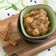 Chai-Spiced Slow Cooker Pear Applesauce