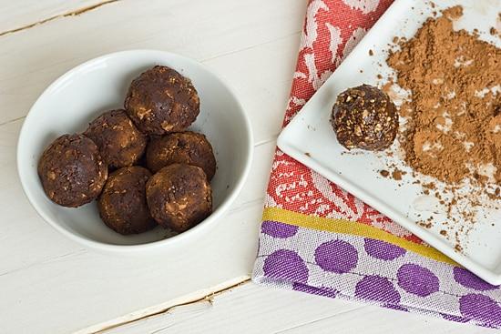 Coating No-Bake Molasses Bites in Cocoa