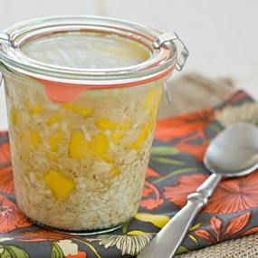 Coconut Mango Overnight Oatmeal in Jar