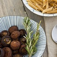 Roasted Cremini Mushrooms with Fresh Herbs