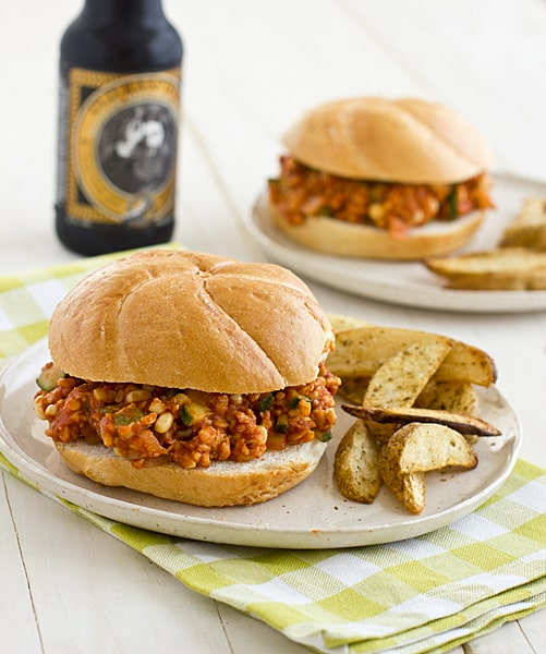 Veggie & Tempeh Sloppy Joes