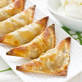 Baked Banana Wontons with Coconut Caramel Sauce Recipe