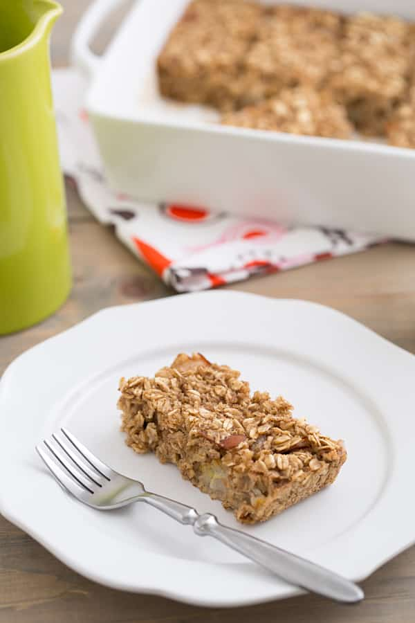 Spiced Pear Baked Oatmeal