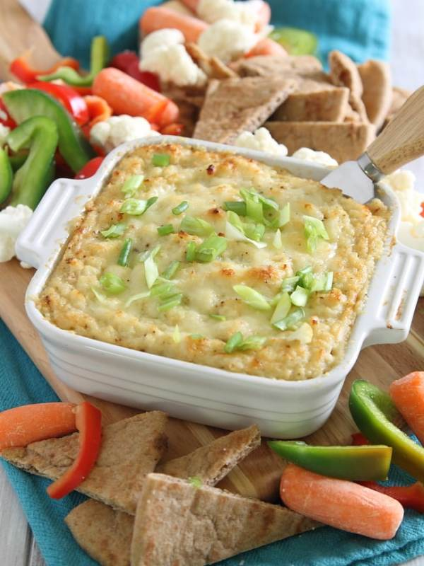 Roasted Garlic Cauliflower Cheddar Dip