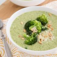 Creamy Broccoli-White Bean Soup
