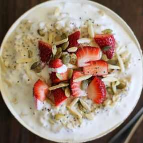Strawberry Oatmeal Breakfast Bowls
