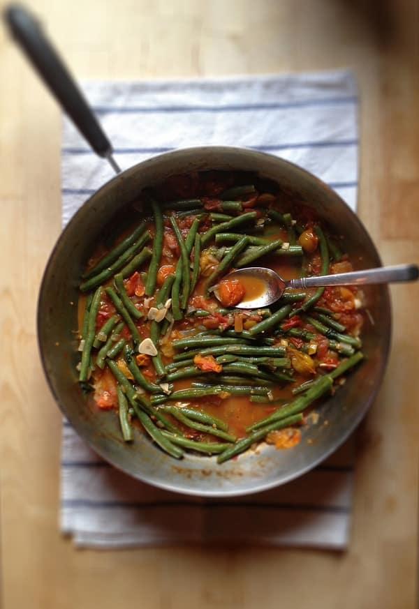 Sauteed String Beans with Heirloom Tomato Marinara Sauce