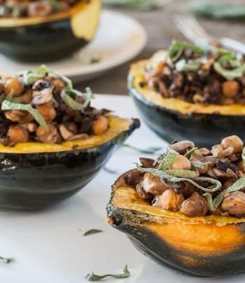 Stuffed Acorn Squash with Chickpeas & Mushrooms