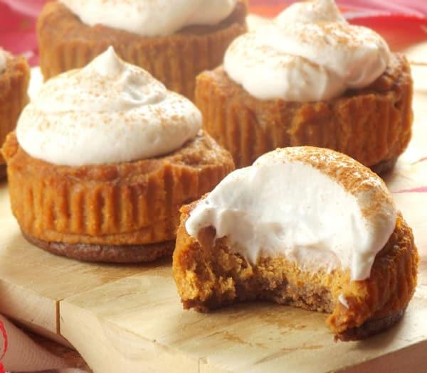 Mini Vegan Pumpkin Cheesecakes