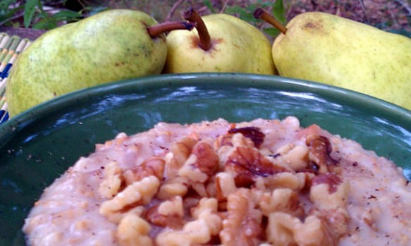 Slow Cooker Maple Pear Oatmeal