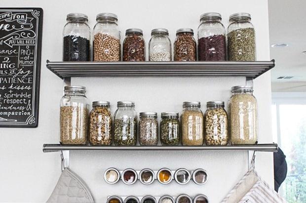 mvk_making_thyme_for_health_shelves