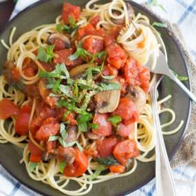 Spaghetti All'arrabiata with Mushrooms and Bell Peppers