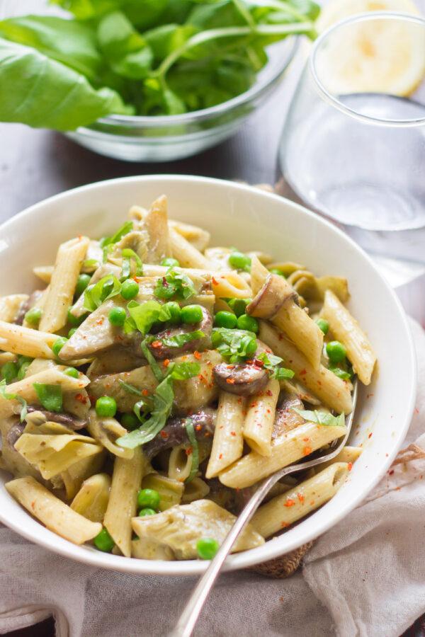 Creamy Vegan Pesto Pasta