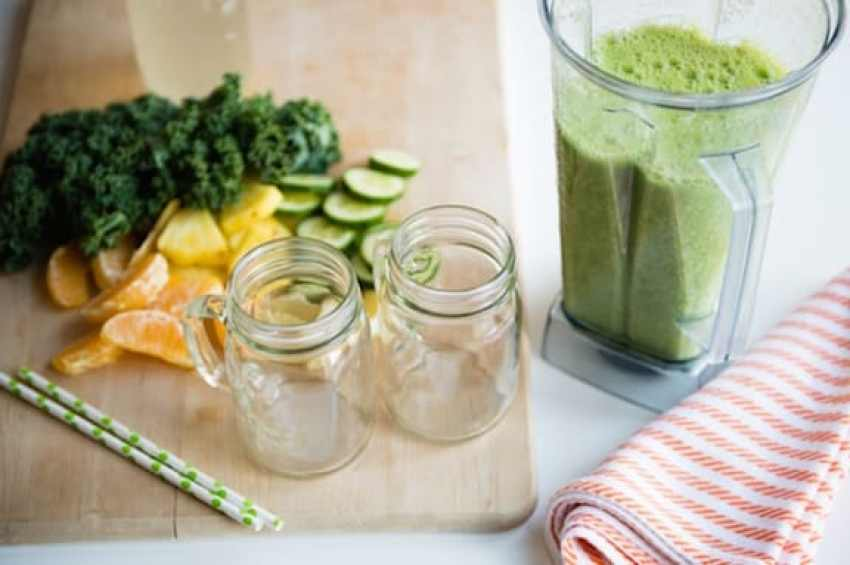 20 Healthy Green Smoothie Recipes: Citrus Bang Smoothie