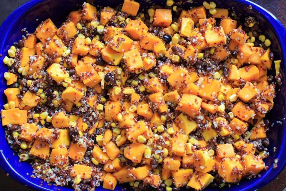 17 of the Best Vegetarian Casseroles: Butternut Squash Quinoa Casserole
