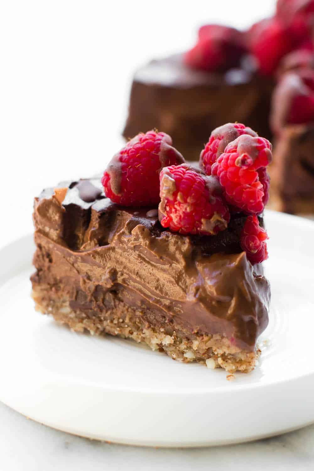 25 Drool-Worthy Chocolate Cake Recipes: Low-Fat Chocolate Mousse Cake
