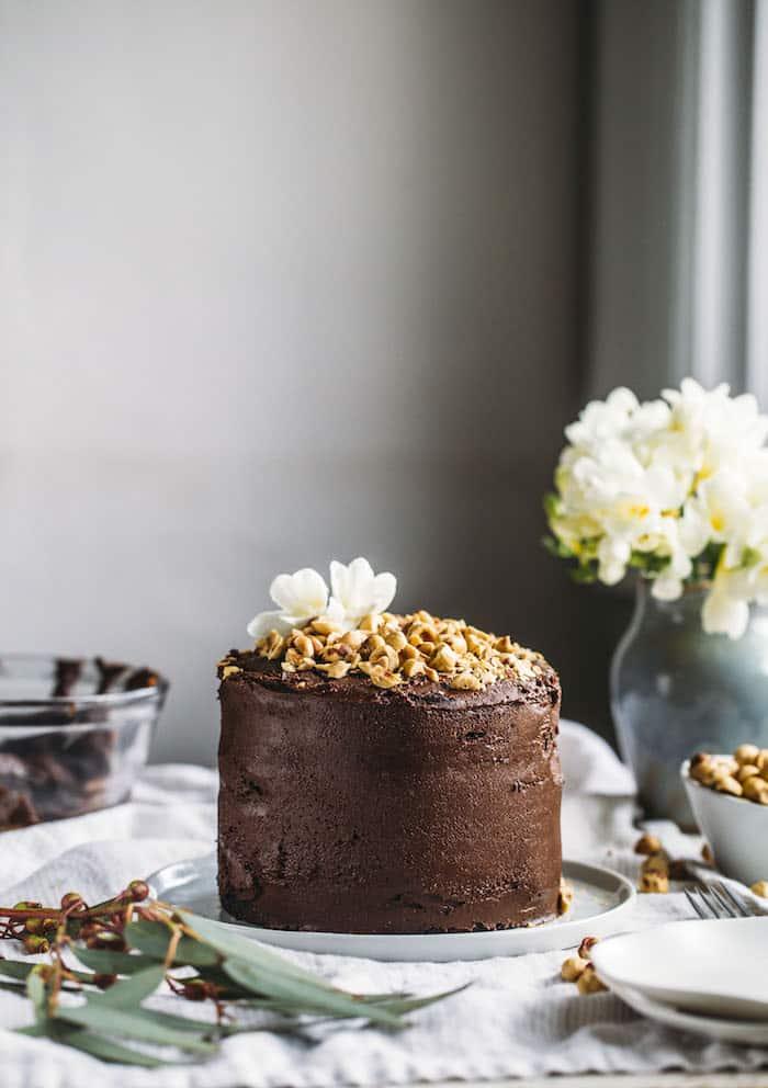 25 Drool-Worthy Chocolate Cake Recipes: Vegan Nutella Cake