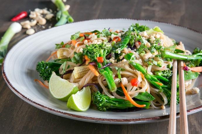 18 Best Easy Vegetarian Recipes: Vegan Pad Thai