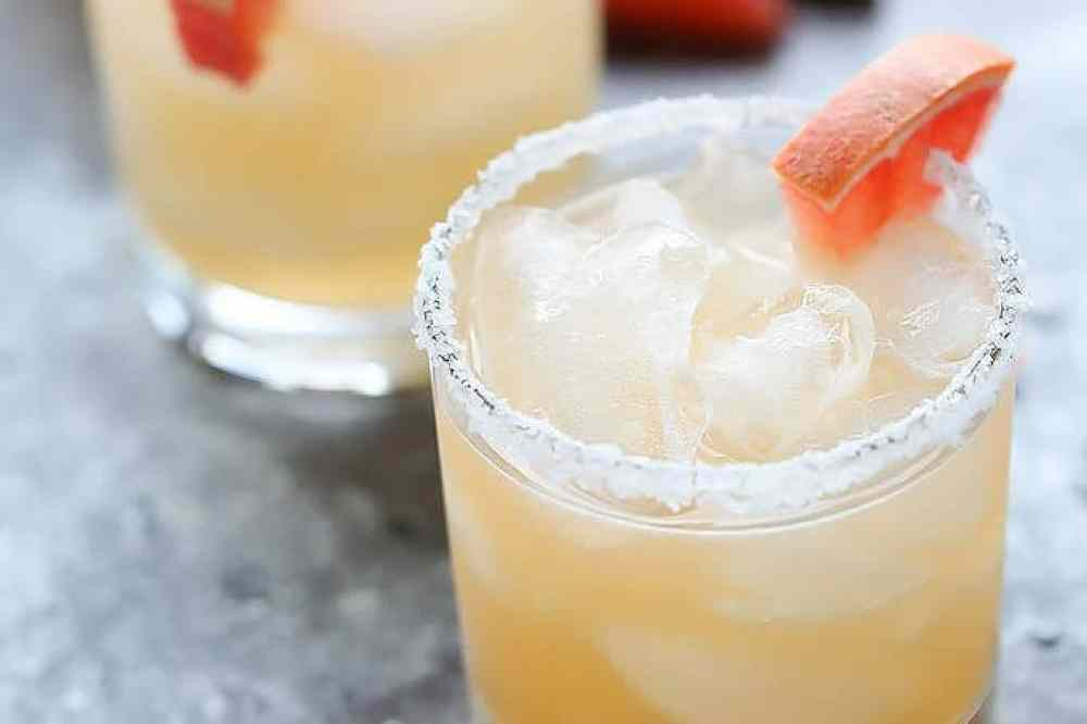 Refreshing Margarita Recipes to Cool You Down This Summer: Grapefruit Habanero Margarita-8