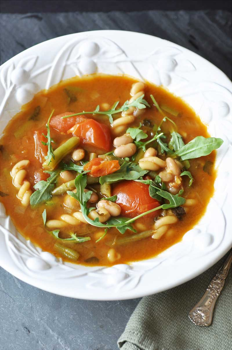 15 Delicious Minestrone Soup Recipes: Minestrone Soup With Arugula