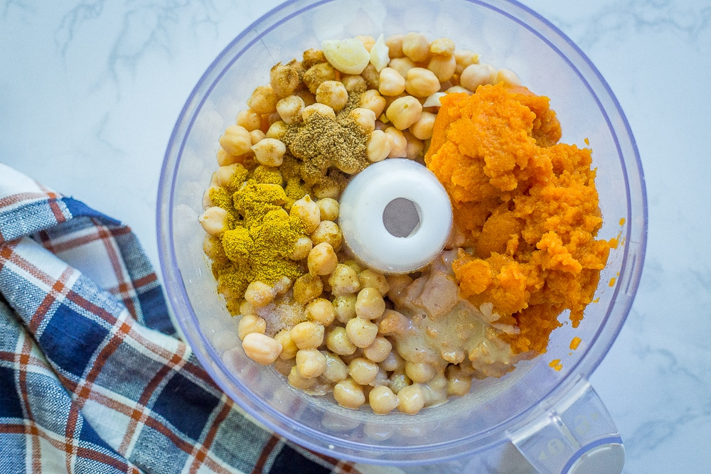 Easy Curried Pumpkin Hummus