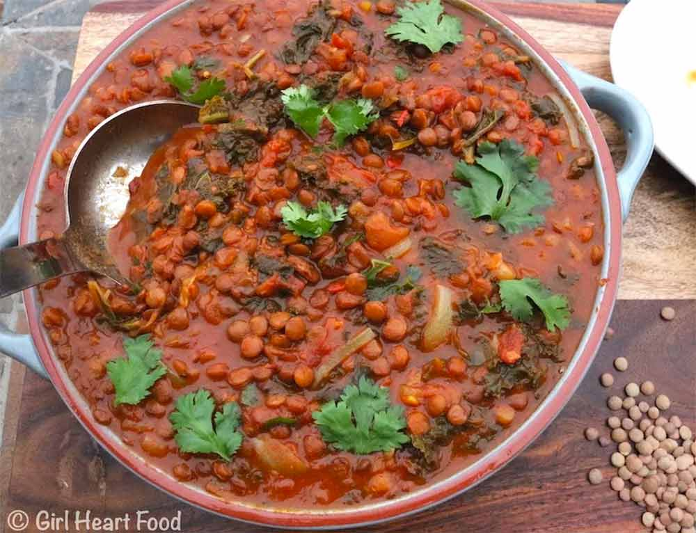 19 Recipes that Swap Lentils for Meat: Curried Green Lentils And Kale