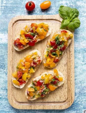 Bruschetta with Summer Tomatoes and Basil Vegetarian Recipe
