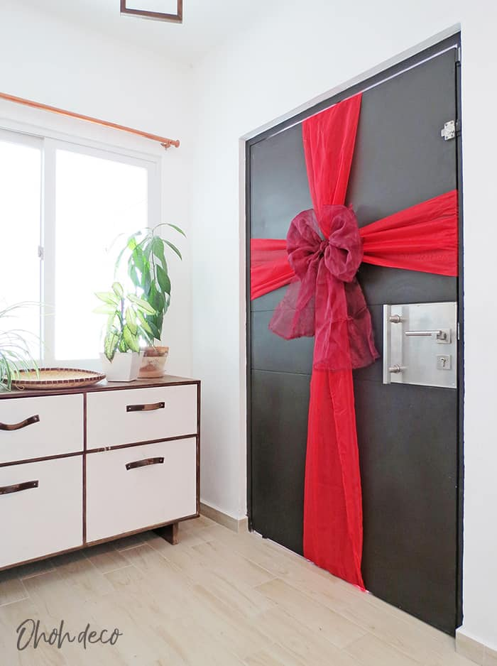 DIY Christmas Bow door
