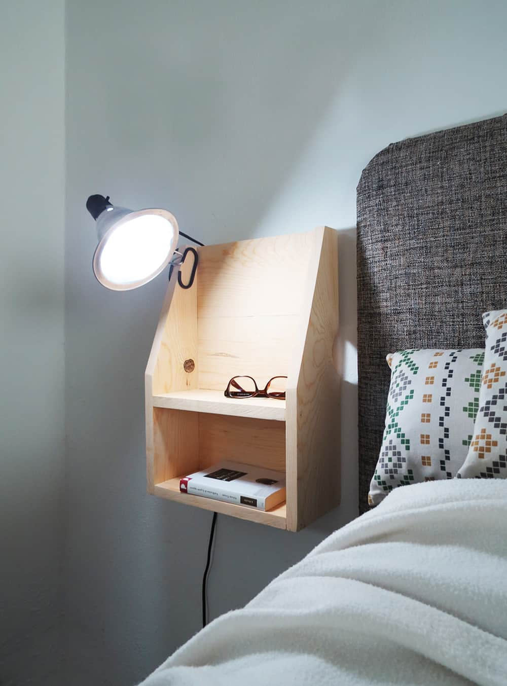 Diy Floating Nightstand Main 5 Ohoh Deco