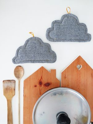 sewing tutorial cloud shapped pot holders