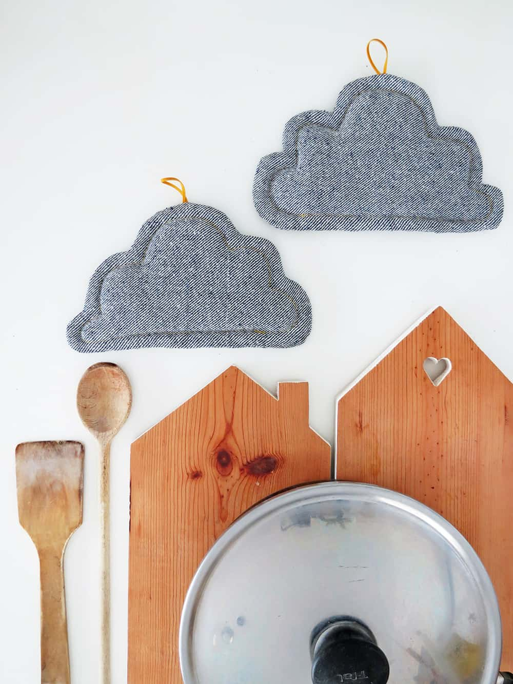 How to sew cloud shaped potholders