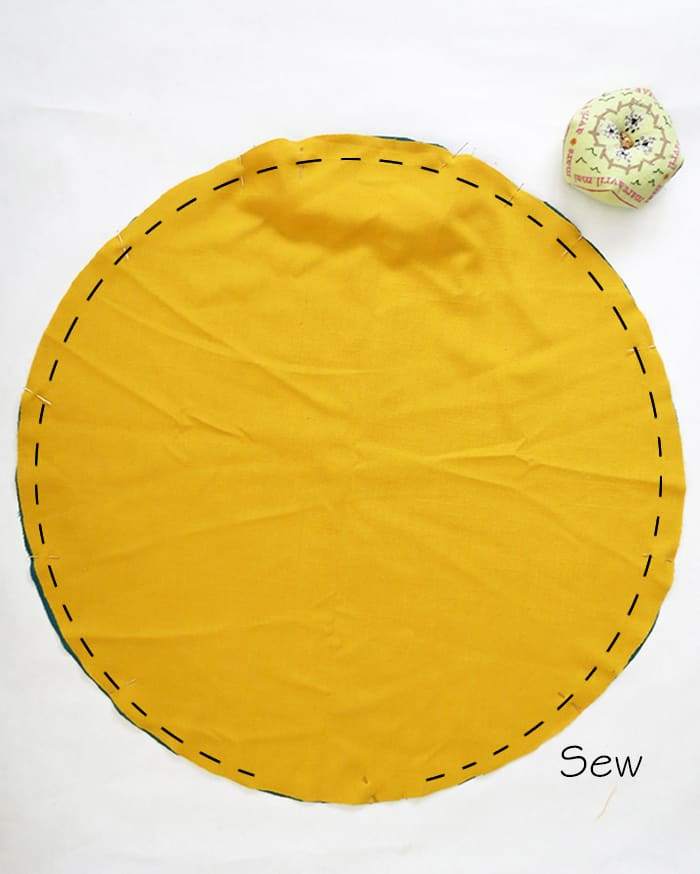 sewing a round pillow
