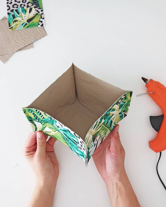 DIY no sew Fabric Basket