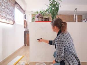 applying wallpaper paste