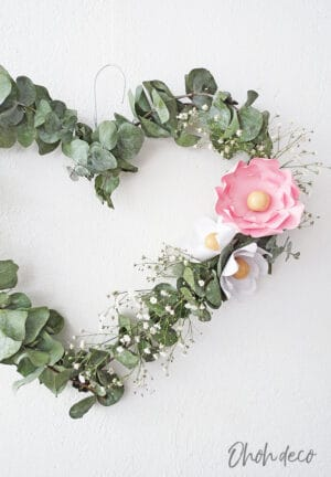 eucaliptus heart wreath