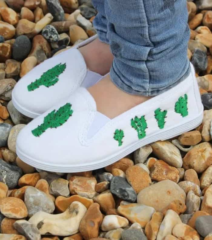 cactus embroidery shoes