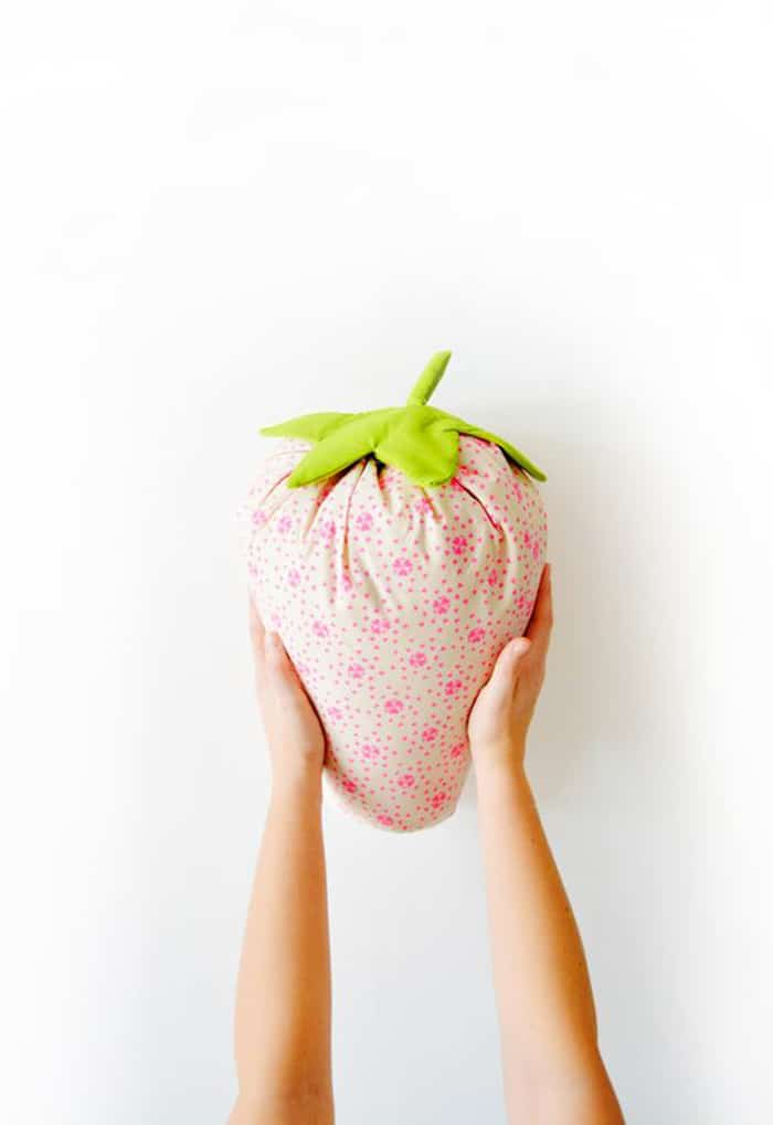 how to sew a strawberry cushion