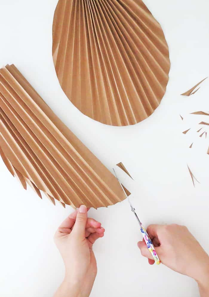 diy paper palm leaf cutting edges