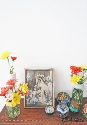 making flower vases with glass jar
