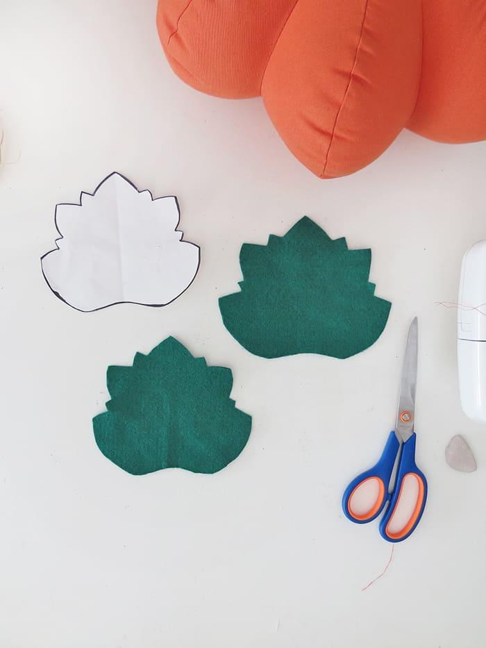 cut leaf for the pumpkin shaped pillow