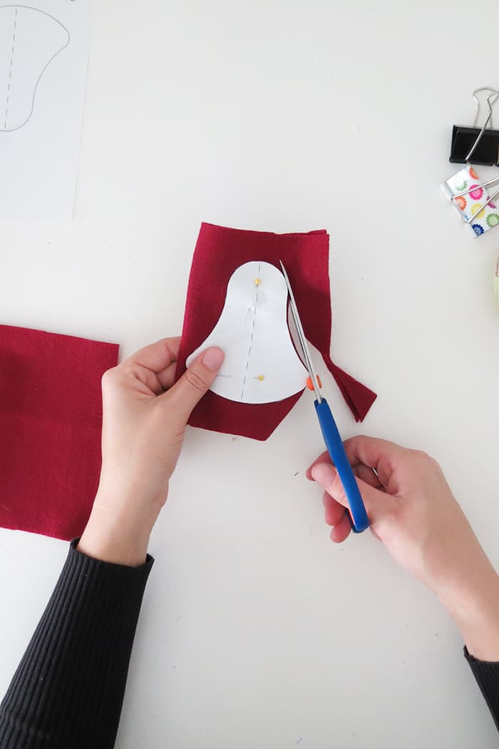 cut shape to make felt christmas ornaments