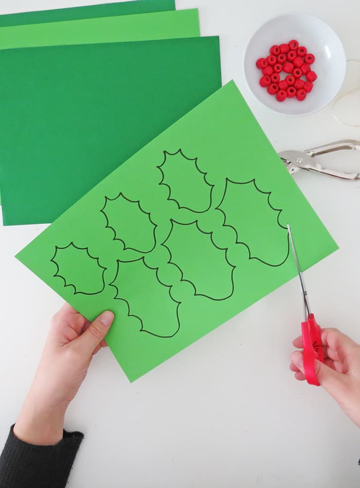 free holly template for diy garland